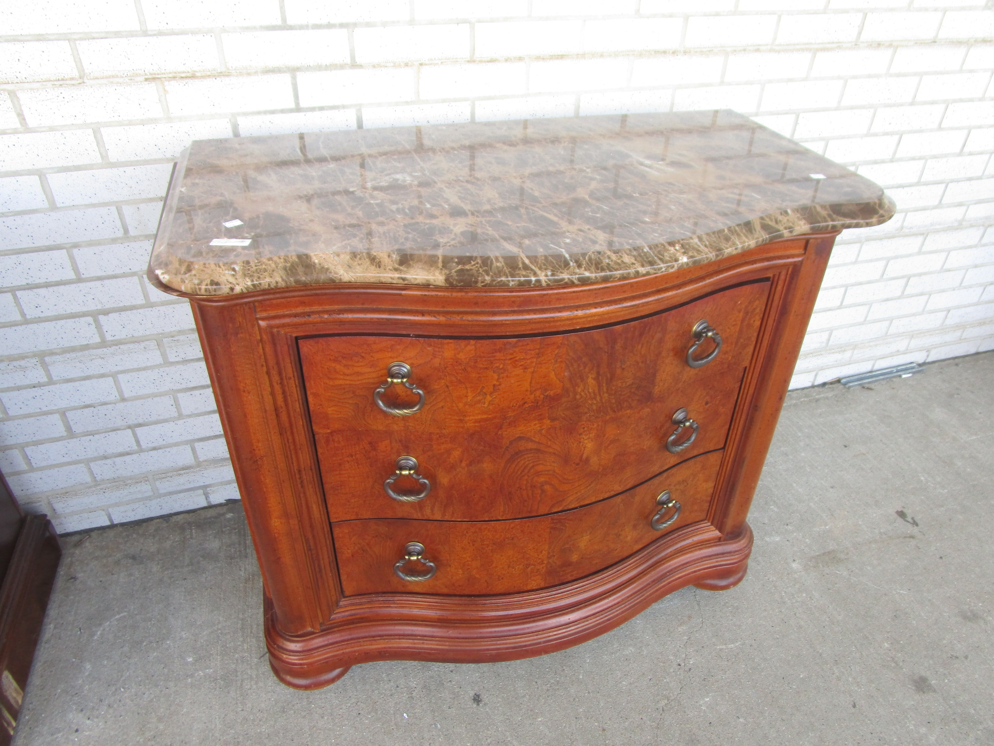 Bedroom Marble Top Chest Of Drawers By Thomasville