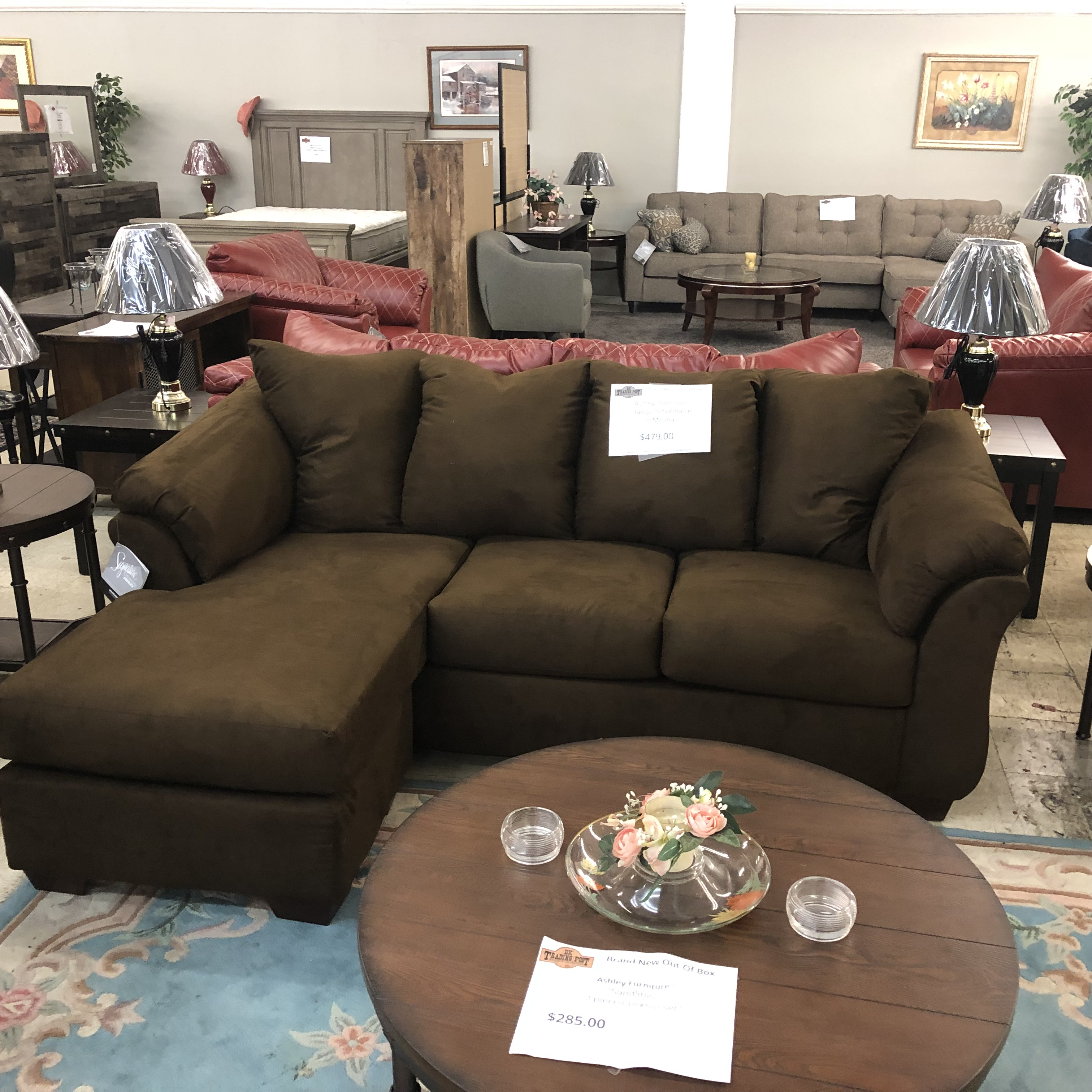 Sensational Living Room Brand New Ashley Darcy Sofa Chaise In Mocha Squirreltailoven Fun Painted Chair Ideas Images Squirreltailovenorg