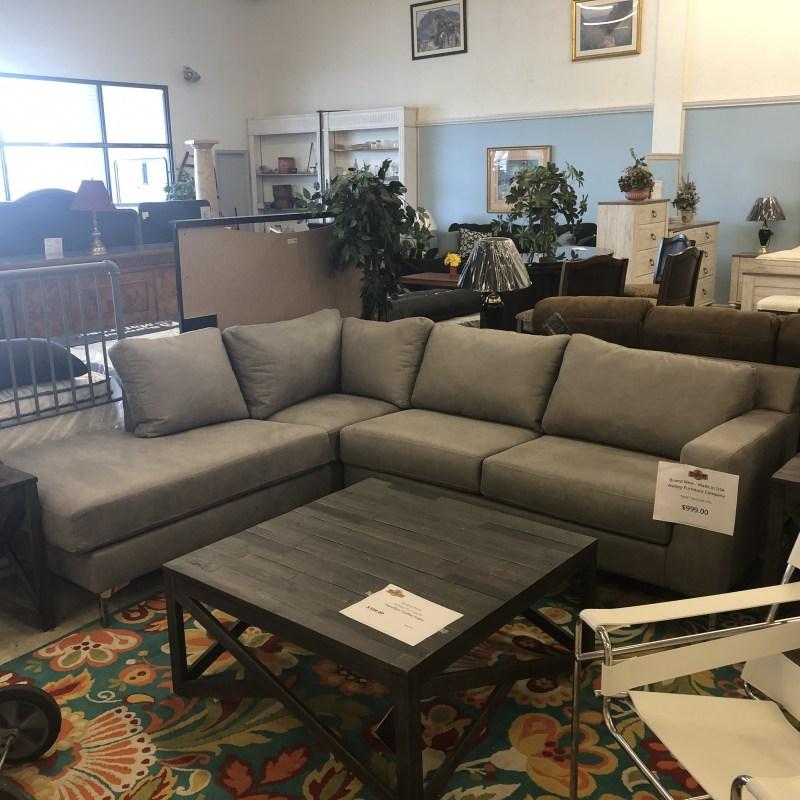 Ashley Furniture Brands: New Furniture : BRAND NEW! Ashley Ryler Sectional Sofa